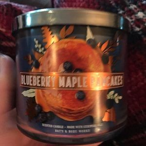 Blueberry maple pancakes candle bath body works